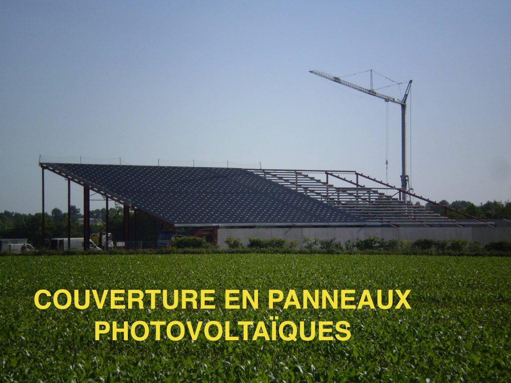 durandet_batiment-agricole-avec-couverture-panneaux-photovoltaiques (2)